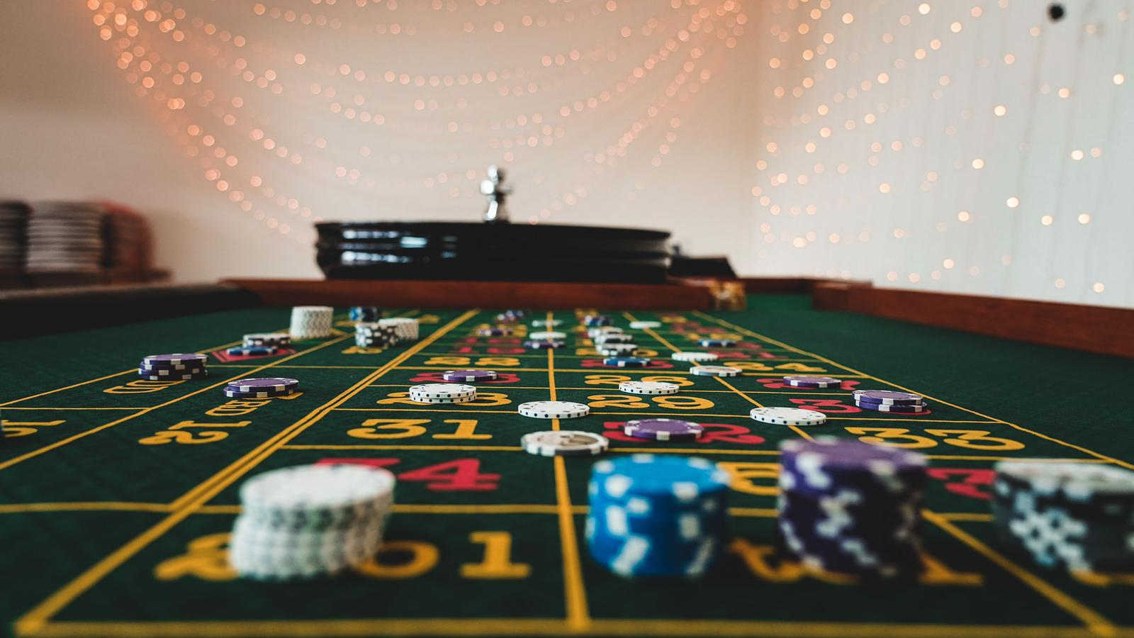 roulette table set up
