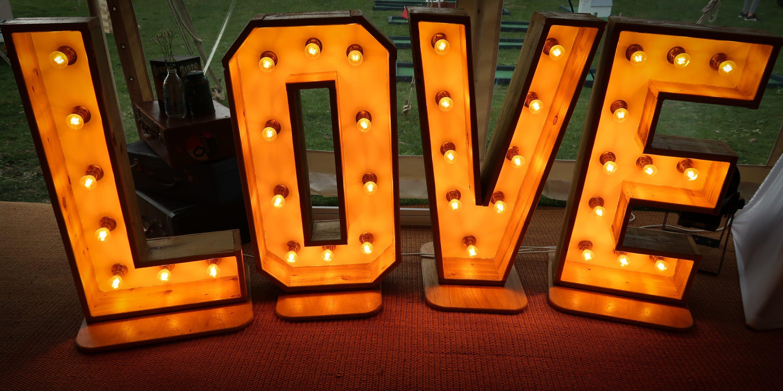 Love letters set up